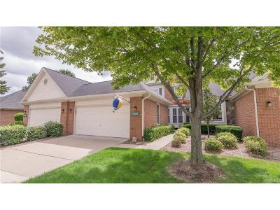 Northville Condo/Townhouse For Sale: 39587 Eagle Trace Drive
