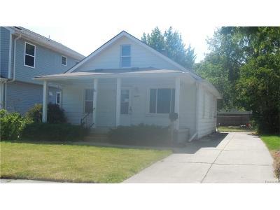 Berkley Single Family Home For Sale: 3247 Bacon Ave