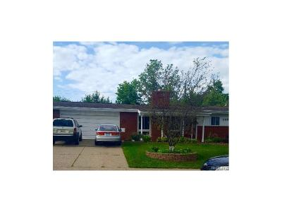 Shelby Twp MI Single Family Home For Sale: $199,900
