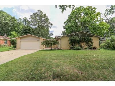West Bloomfield, West Bloomfield Twp Single Family Home For Sale: 2295 Keylon Drive