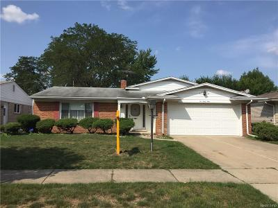 Dearborn Heights Single Family Home For Sale: 669 Cronin Drive