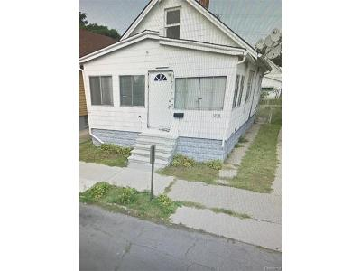 Hamtramck Single Family Home For Sale: 12116 Charest