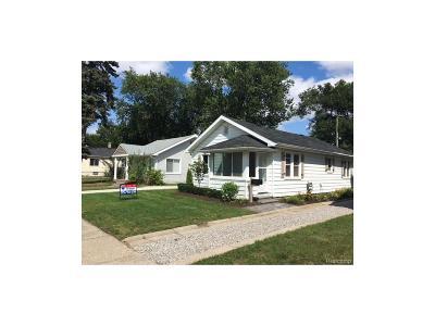 Hazel Park Single Family Home For Sale: 23796 Reynolds Avenue