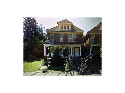 Highland Park Multi Family Home For Sale: 139 Avalon Street
