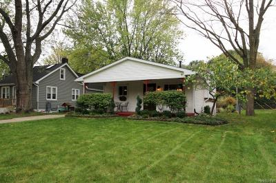 Salem, Salem Twp, Plymouth, Plymouth Twp Single Family Home For Sale: 11647 Butternut Avenue