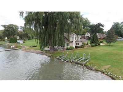 Single Family Home For Sale: 9494 Beechcrest Street