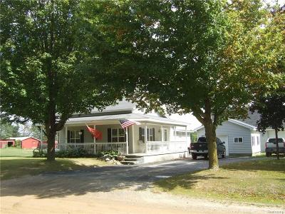 Genesee County Single Family Home For Sale: 12430 Oak Road