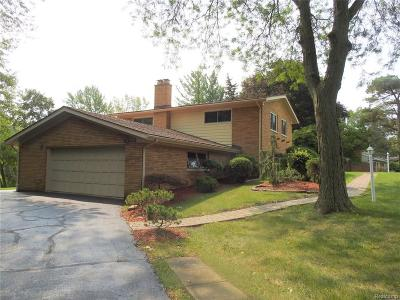 Single Family Home For Sale: 44031 Brookwood Drive