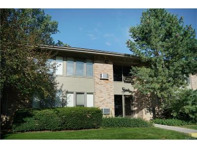 Bloomfield Twp Condo/Townhouse For Sale: 366 Concord Pl #2