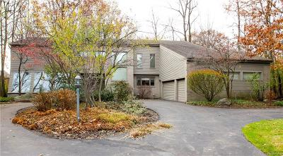 West Bloomfield, West Bloomfield Twp Single Family Home For Sale: 6090 Pickwood Court