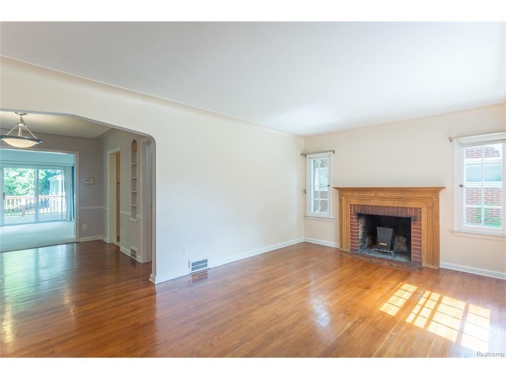 Listing: 10754 Borgman Avenue, Huntington Woods, MI.| MLS# 217081297 ...