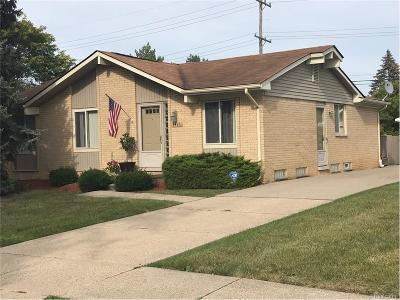 Canton, Canton Twp Single Family Home For Sale: 1416 Whittier Drive