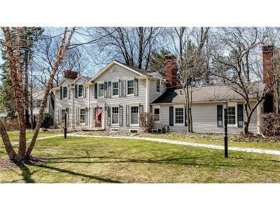 Bloomfield Twp Single Family Home For Sale: 6154 Lantern Lane