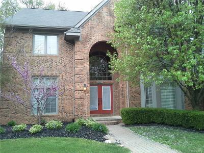 West Bloomfield, West Bloomfield Twp Single Family Home For Sale: 3448 Hidden Oaks Lane