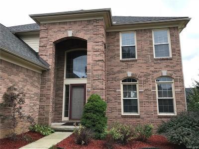 Lyon Twp Single Family Home For Sale: 54795 Grenelefe Circle E