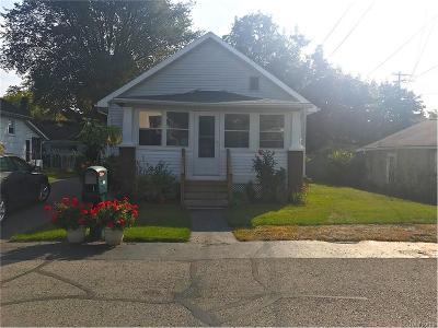 Keego Harbor, Sylvan Lake Single Family Home For Sale: 1867 Sylvan Glenn