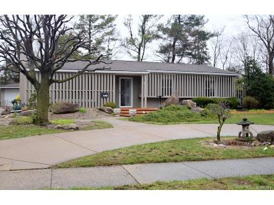 Bloomfield Twp Single Family Home For Sale: 445 S Cranbrook Cross Road