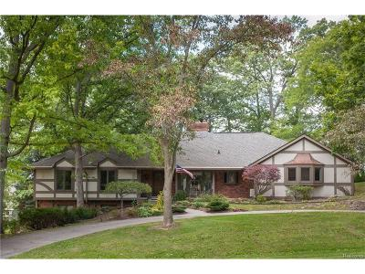 Bloomfield Twp Single Family Home For Sale: 4344 Sunningdale