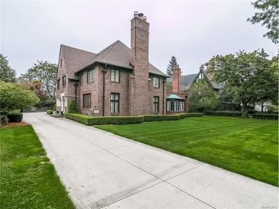 Grosse Pointe Park Single Family Home For Sale: 854 Edgemont Park