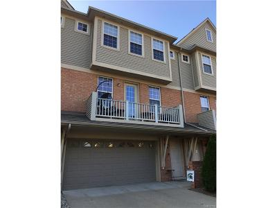 Shelby Twp Condo/Townhouse For Sale: 56659 Long Island Drive