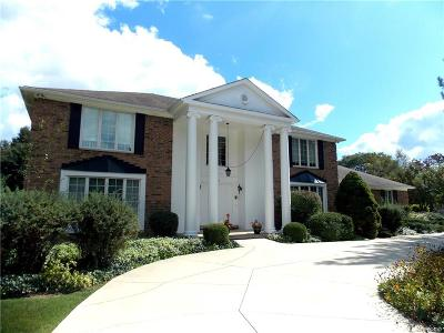 Bloomfield Hills, Bloomfield Twp Single Family Home For Sale: 5563 Lane Lake Court