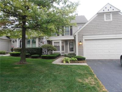Bloomfield Twp Condo/Townhouse For Sale: 819 Edgemont Run