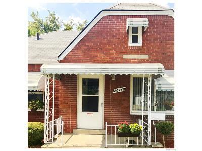Warren Single Family Home For Sale: 20719 Dexter Boulevard
