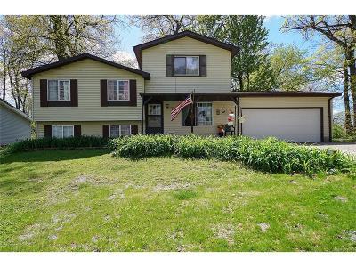 White Lake, White Lake Twp Single Family Home For Sale: 4335 Leroy Court