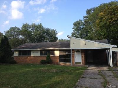 Oakland County Single Family Home For Sale: 2614 Littletell Avenue