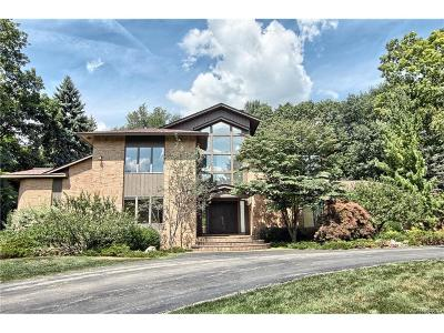 Bloomfield Hills, Bloomfield Twp Single Family Home For Sale: 145 Canterbury Road