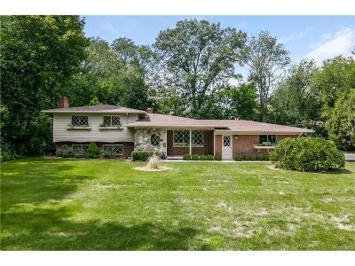 Bloomfield, Bloomfield Hills, Bloomfield Twp, West Bloomfield, West Bloomfield Twp Single Family Home For Sale: 6970 Wing Lake Road