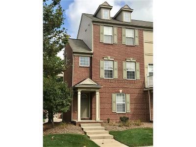Novi Condo/Townhouse For Sale: 44730 Gwinnett Loop #43