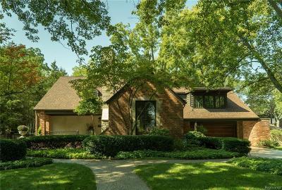 Birmingham MI Single Family Home For Sale: $875,000