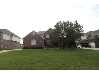 West Bloomfield, West Bloomfield Twp Single Family Home For Sale: 5527 Victoria Drive
