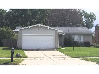 Auburn Hills Single Family Home For Sale: 851 Sheffield Road