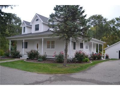 Bloomfield, Bloomfield Hills, Bloomfield Twp, West Bloomfield, West Bloomfield Twp Single Family Home For Sale: 1795 Hiller