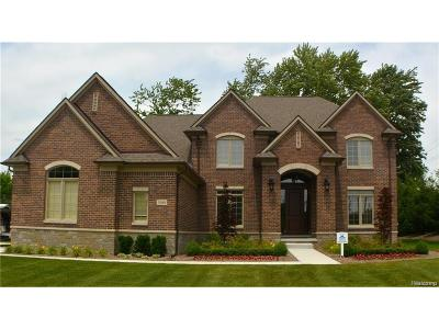 Sterling Heights Single Family Home For Sale: 3989 Corkwood Drive