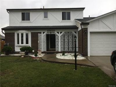 Brownstown Twp Single Family Home For Sale: 17900 Woodridge
