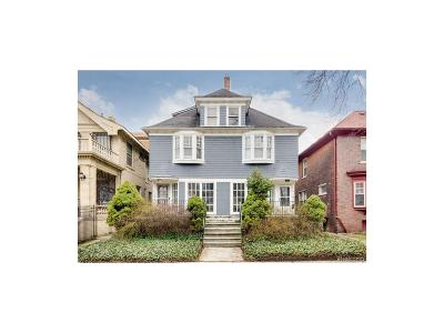 Detroit Multi Family Home For Sale: 7874 Van Dyke Place