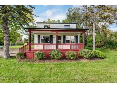 Troy Single Family Home For Sale: 1563 E Wattles