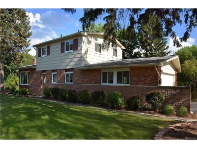 Bloomfield Twp Single Family Home For Sale: 1310 Winchcombe Drive