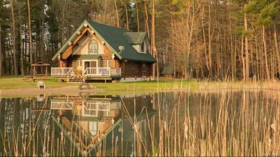 Lapeer County Single Family Home For Sale: 1633 E Hunters Creek Road