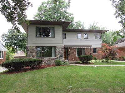 Huntington Woods Single Family Home For Sale: 25537 Scotia Road
