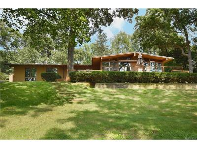 Single Family Home For Sale: 995 Timberlake Drive