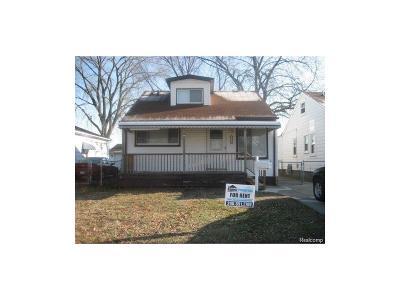 Hazel Park Single Family Home For Sale: 23814 Davey Avenue