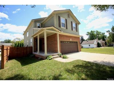 Clawson Single Family Home For Sale: 380 Boschma Street