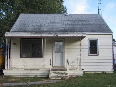 Burton MI Single Family Home For Sale: $25,000