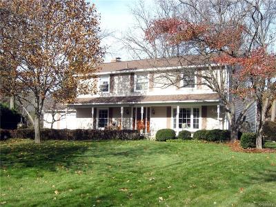 Troy Single Family Home For Sale: 2422 Kingsbury Drive