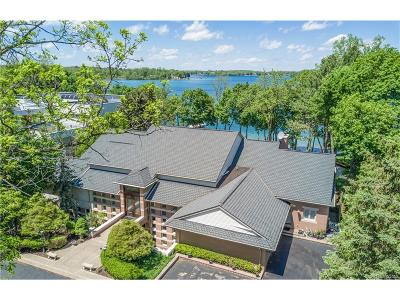 Orchard Lake Single Family Home For Sale: 4500 Orchard Trail Court