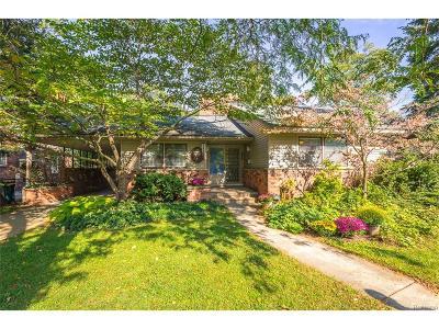 Huntington Woods Single Family Home For Sale: 13124 Vernon Avenue